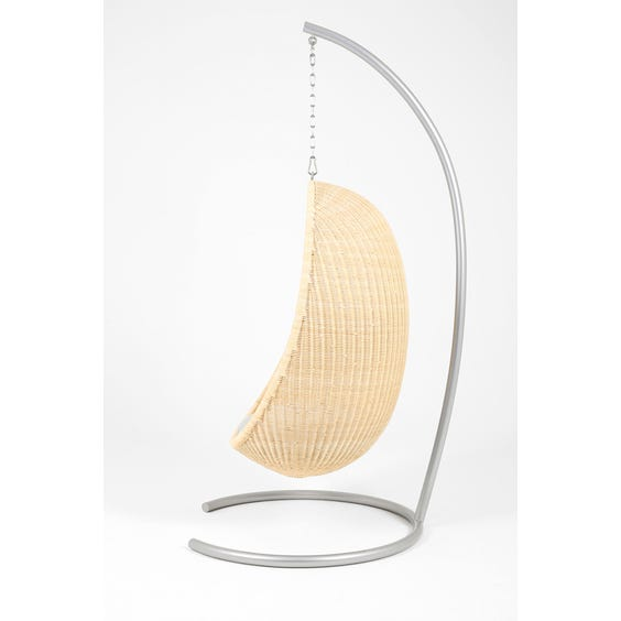 Nanna Ditzel hanging egg chair image
