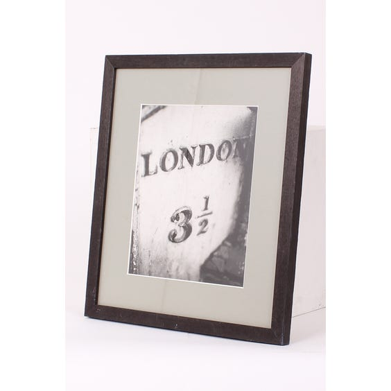 Photograph of 'London 3 1/2' sign image