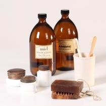 Example of natural bathroom accessories