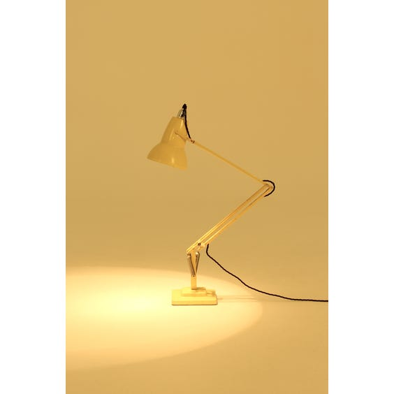Herbert Terry pastel yellow Anglepoise image