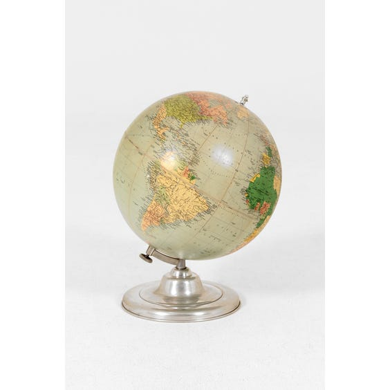 Large vintage French globe image