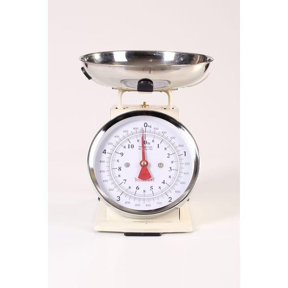 Retro cream metal kitchen scales image