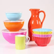 Example of bright kitchen accessories