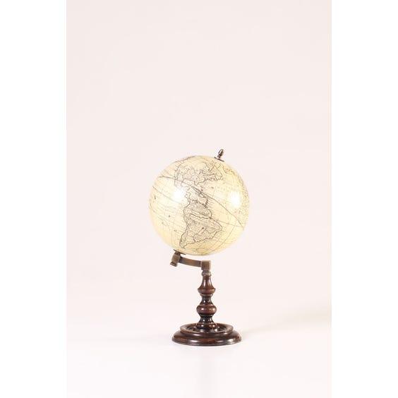 Traditional French cream Trianon globe image