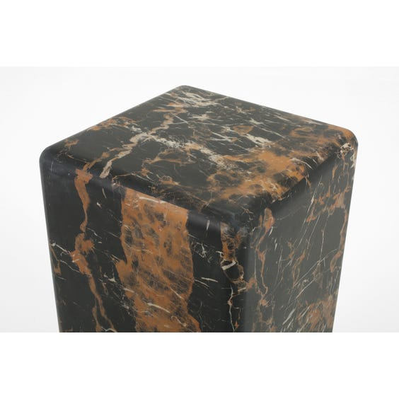 Medium black and brown display plinth image