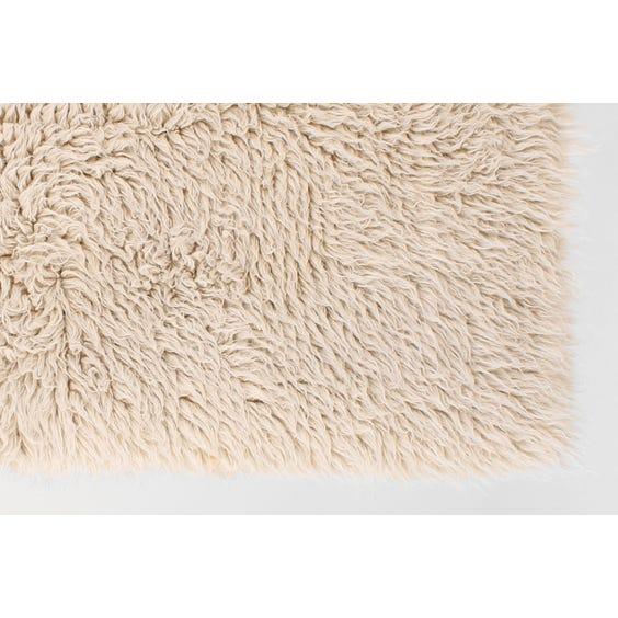 Medium natural white Flokati rug image