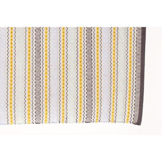 Pale zig zag flat weave rug image