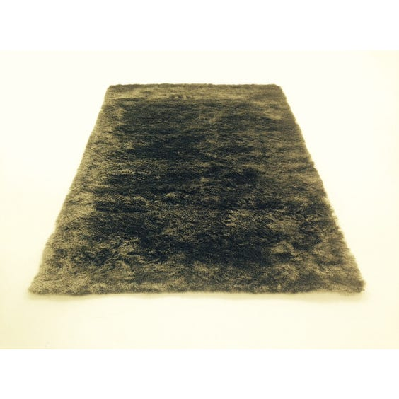 Two tone grey fur texture rug image