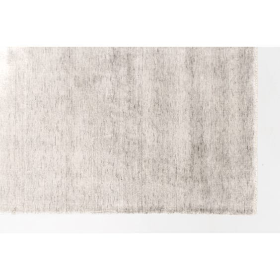 Silver grey sheen rug image