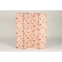 Floral patterned rose screen