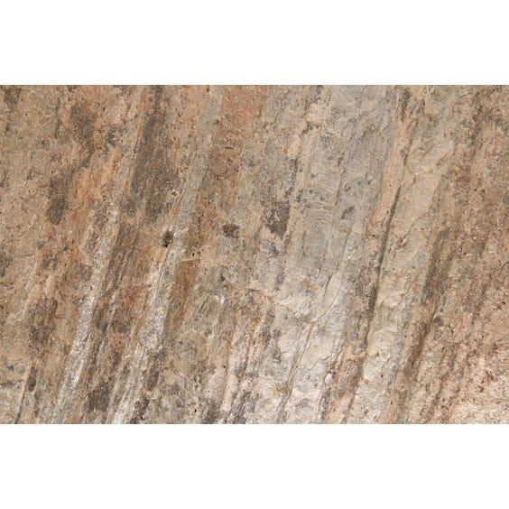 Large copper rock veneer surface image