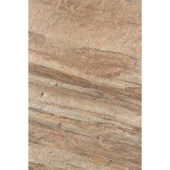 Copper rock veneer surface image