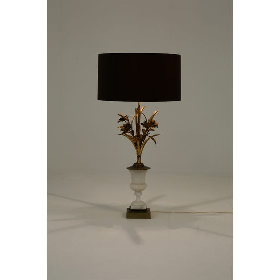 French wheatsheaf table lamp image