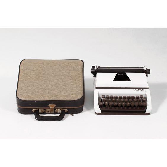 Vintage white Lilliput typewriter image